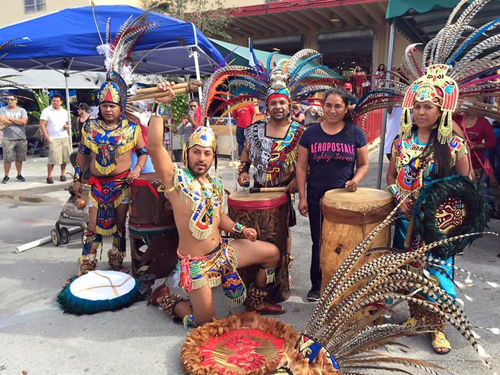 Redland-Market-Village-Danza-Tradicional-Azteca