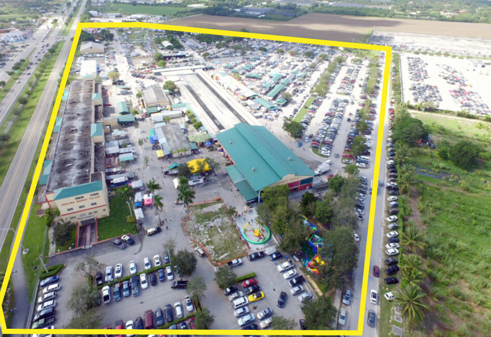 Redland-Market-Village-Aerial-View-Outline
