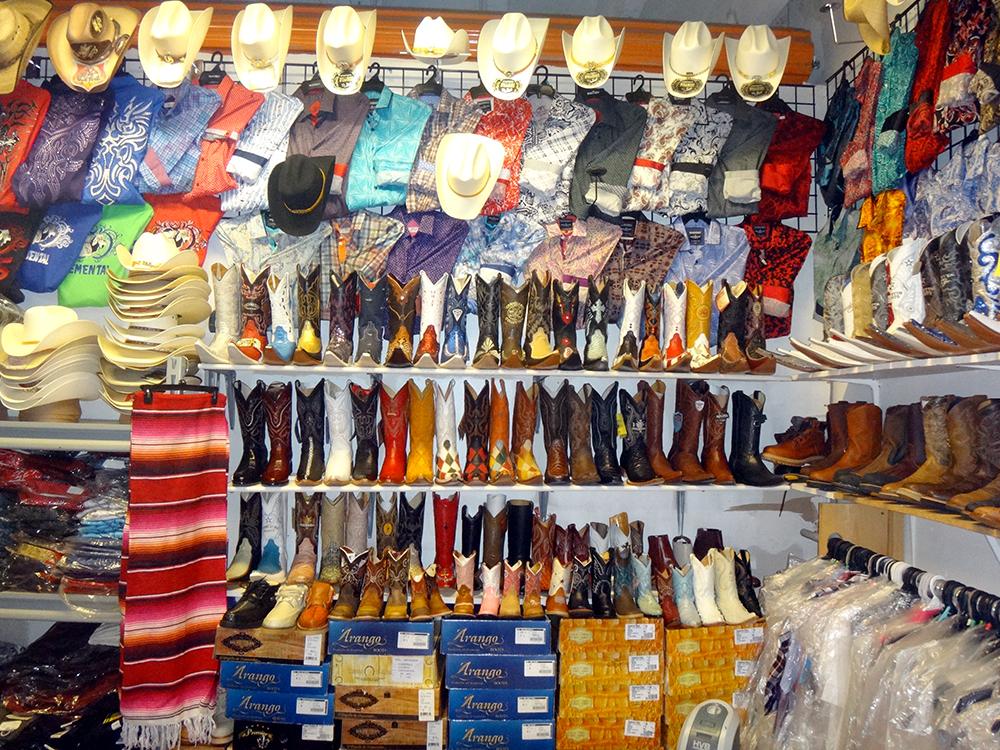 Redland-Market-Village-Cowboy-Hats