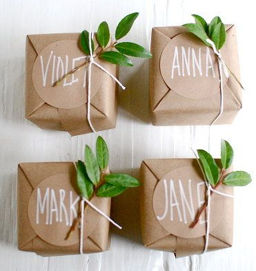 Delicate details simple personalized brown wrapping with leaf bows