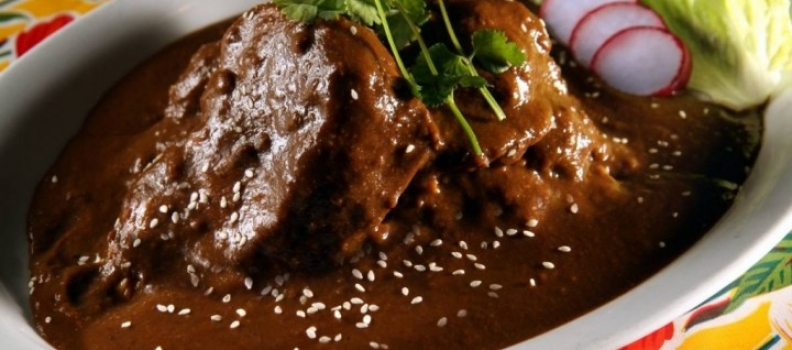 How to cook Chicken Mole at home